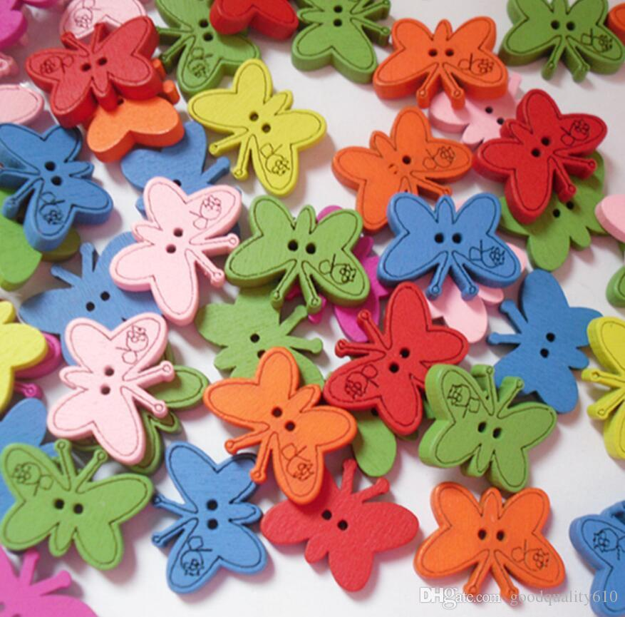 22 * 17mm Couleurs variées Cartoon Papillon bois Boutons avec trou pour l'artisanat couture Scrapbooking Accessoires