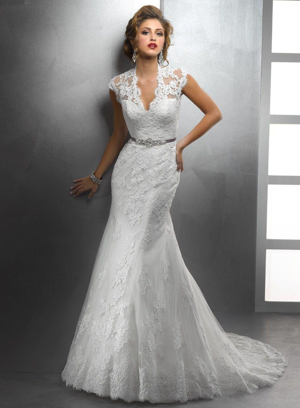 2017 Vestidos Elegant Design V Neck Cap Sleeve Appliqued Mermaid Deep Wedding Dresses
