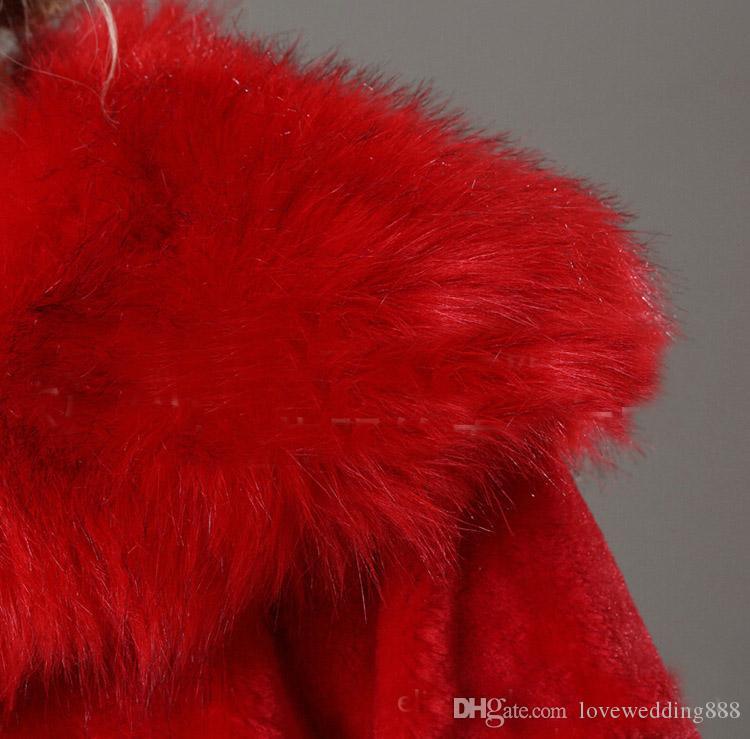 Exquis Rouge / Blanc Mariage Châle De Mariage Hiver Manches longues épaisses FUR FUL FAUX VESTE MARIÈRE FAUX FAUX FROM en gros 2017