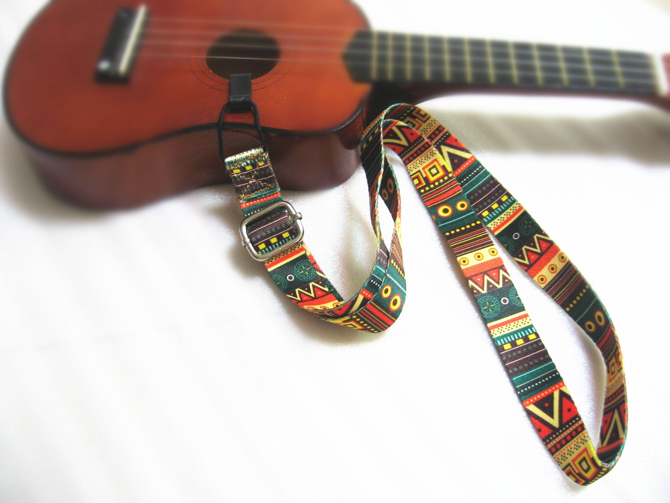 Latest Country Style Adjustable Ukulele Neck Straps For 21soprano