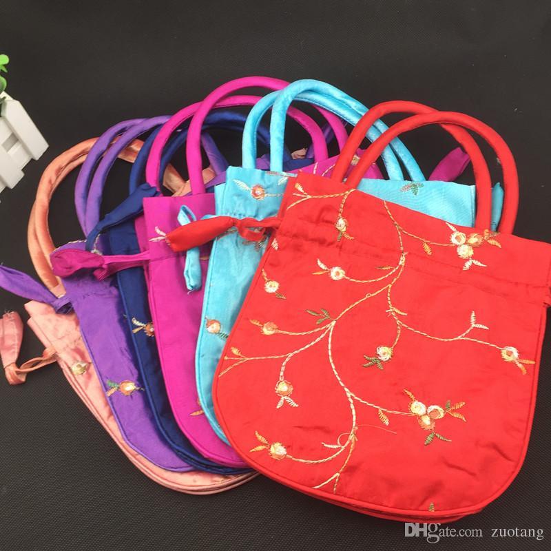 ハンドルを持つ刺繍の果実の大きな好意袋は皮を持つミニハンドバッグシルクコイン財布巾着布誕生日ギフトバッグ100ピース22x22 cm