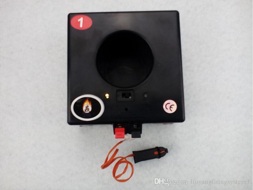 2019 Neujahr verwenden 6 Cues Feuerwerk Feuer Salve Feuer Hochzeit Bühne 433MHZ wasserdichte Box Doppel-Fernbedienung Feuerwerk