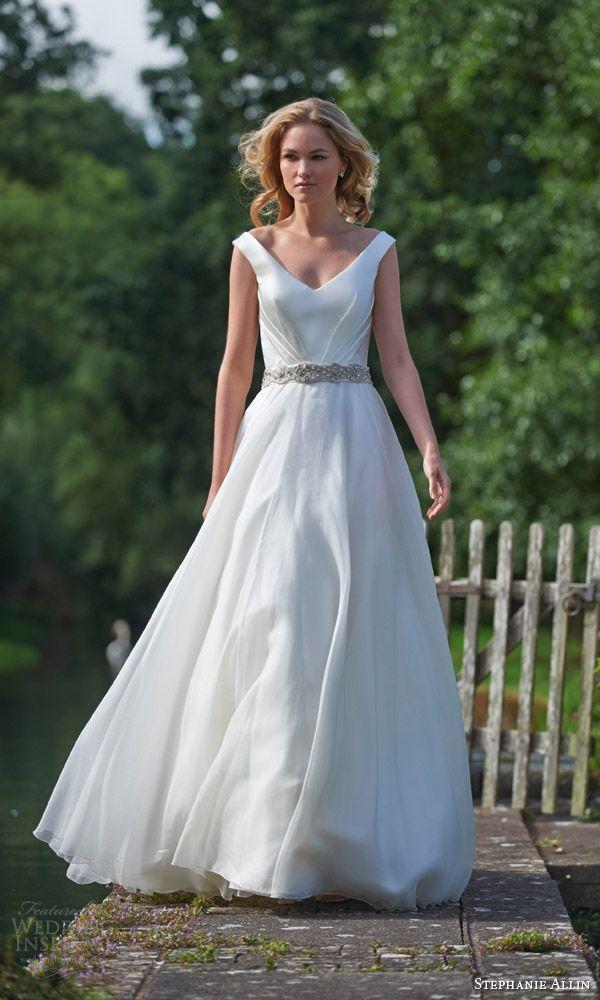Liebesbriefe Elegante Brautkleider 2016 Designer mit V-Ausschnitt Sparking Sash A Line Robe de Moriee Bescheidene Brautkleider