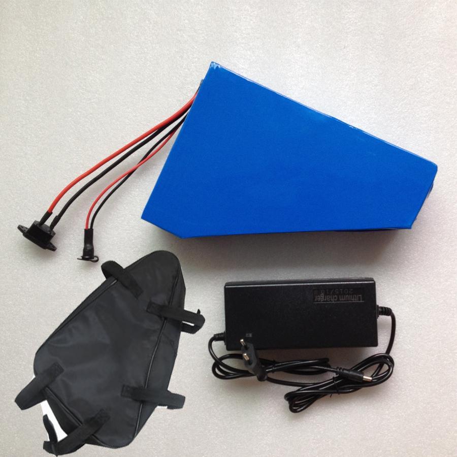 Батарея лития треугольника батареи 48V 25ah велосипеда треугольника треугольника 48V 1200W электрическая с свободным мешком, заряжателем случая 30A BMS 54.6 V 2A PVC
