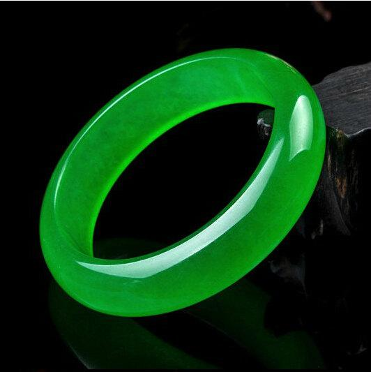 bracelet jadeite charm jade green images bracelets best expensive on myanmar most pinterest color bangles imperial the photo jewelry