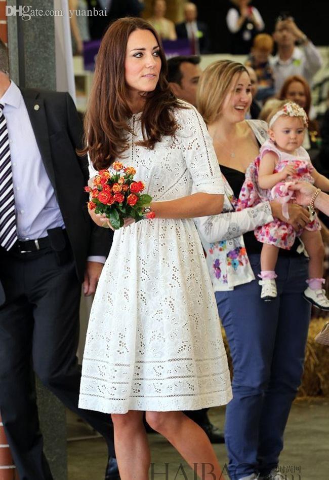 63b3cda214 Compre Al Por Mayor Kate Middleton Vestido De Princesa De La Manera De Las  Mujeres Elegante Blanco Bordado De Algodón Hueca Casual De Alta Calidad  Vestido ...