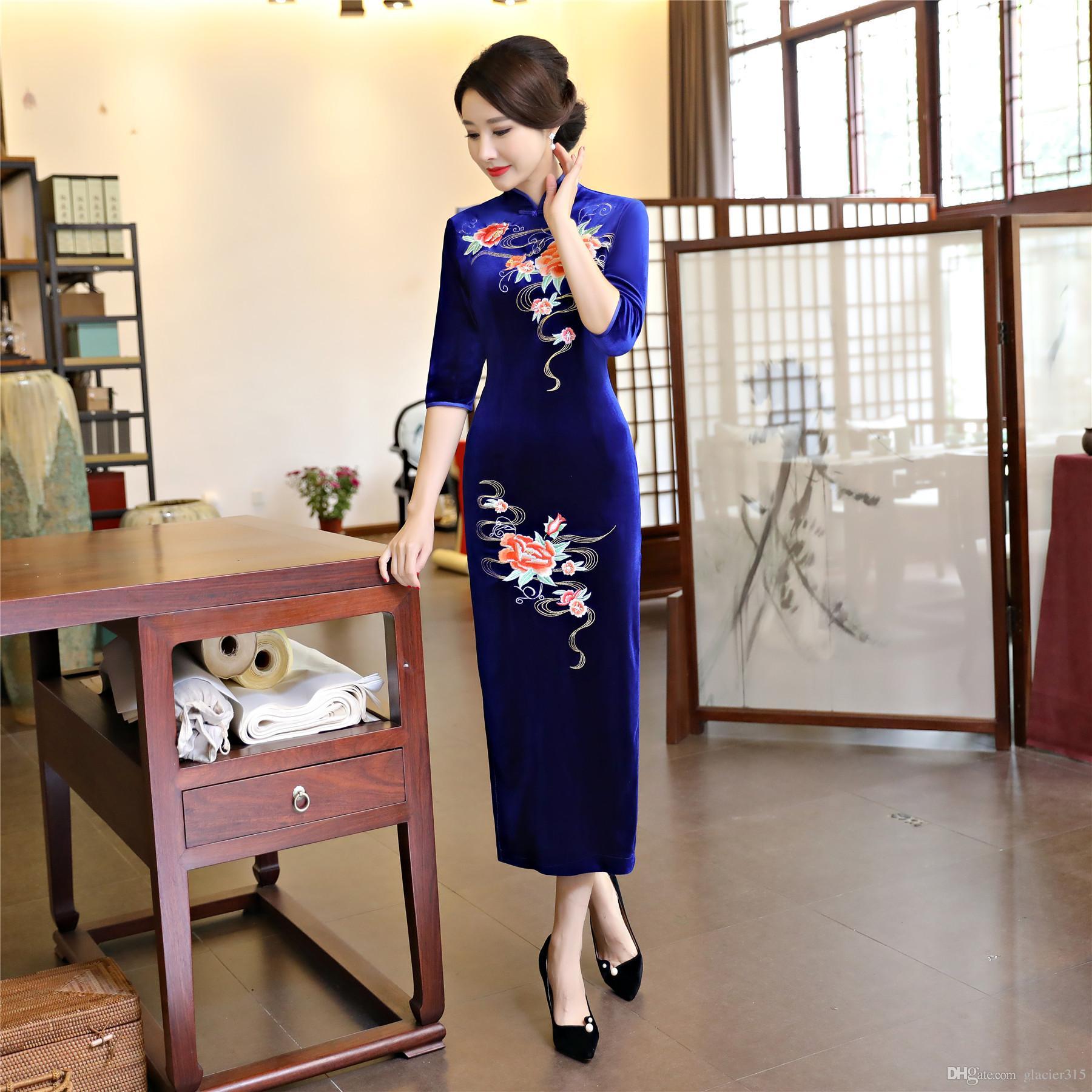 289c8ff440d37 Shanghai Story Flower Embroidery Velvet Half Sleeve Qipao Long Cheongsam  Chinese Traditional Dress For Women Shift Dress Sundresses From Glacier315