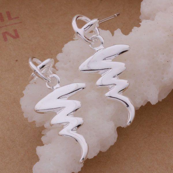 Moda fabricante de joyería 40 unidades de un lote pendientes Serpentina 925 precio de fábrica de joyería de plata pendiente de la manera del brillo
