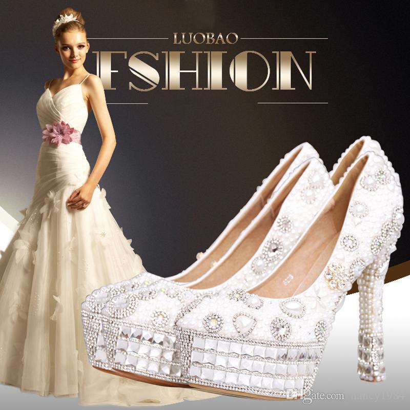 Бесплатная доставка мода слоновой кости и белый жемчуг женщина свадебное платье обувь горный хрусталь высокие каблуки Ivor обувь дамы круглый носок обувь