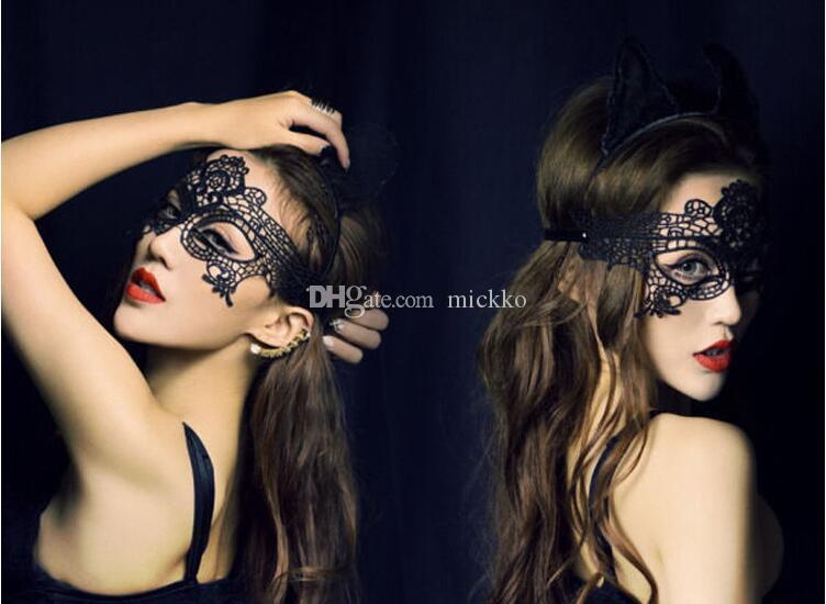 Vrouwen Sexy Crown Design Maskerade Maskers Halloween Party Kant Carnaval Gezichtsmaskers Zwart Wit Bovenste Half Gezichtsmaskers