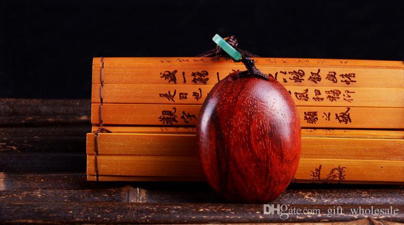 Alta calidad Sandalia talla de madera colgante de la madera china talla de regalo Lucky Arts venta caliente 4 estilos
