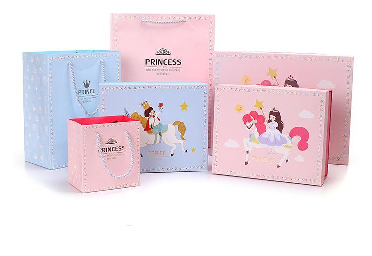 Bolsa de papel Cake Toppers Cajas de magdalenas Suministros para fiestas de cumpleaños Caja grande personalizada para la víspera de Navidad Tartan Kraft Brown Party Regalos lindos Bolsa