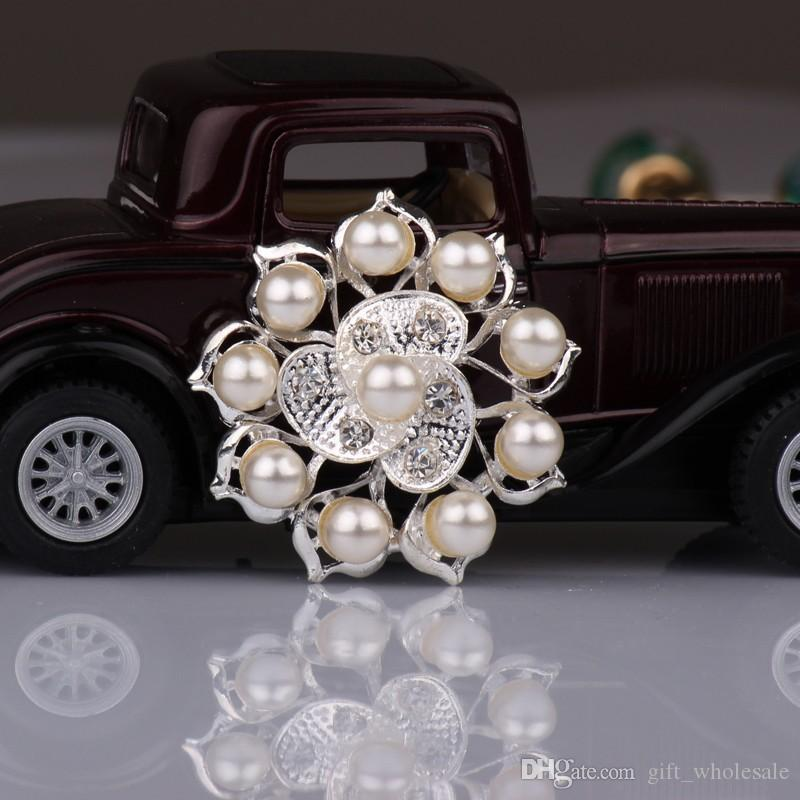 Fashion Wedding Brooches for Bridal Party with 7 Mix Styles as Gifts Silver Alloy and Rhinestone Flowers Pearl Pins