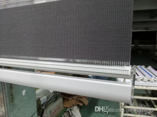 2015年の新しい習慣の半透明のローラーシマウマブラインド、リビングルームのための暗い灰色のカーテン30色があります