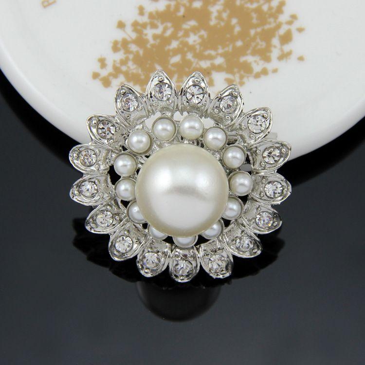 Роскошные женщины жемчужные броши 4 стили блестящие серебряные ясно горный хрусталь Кристалл Diamante цветок булавки свадебное платье контактный брошь 1.3 дюйма