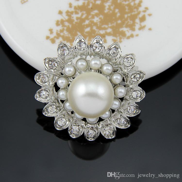 Luxury Women Pearl Brooches 4 Styles Sparkly Silver Clear Rhinestone Crystal Diamante Flower Pins Wedding dress Pin Brooch 1.3 Inch