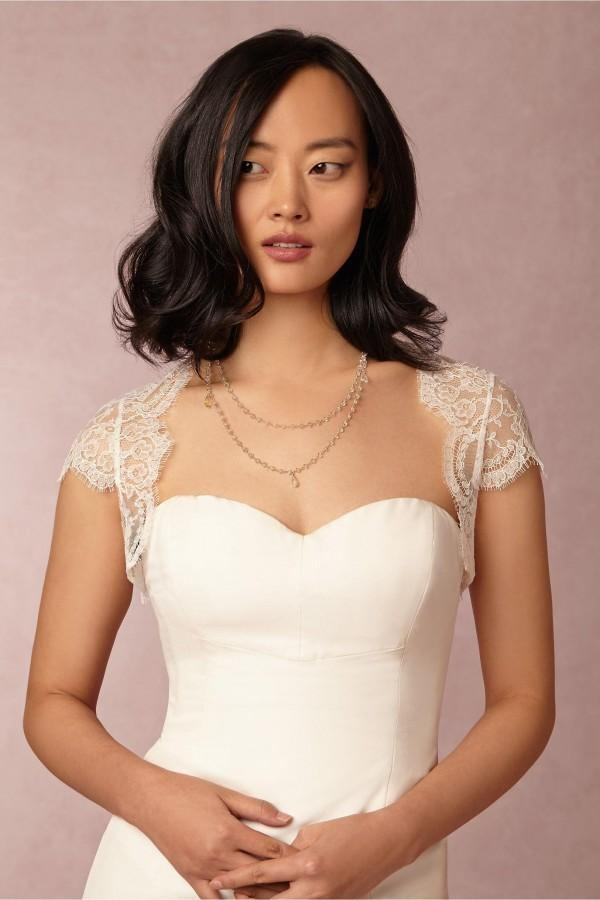 Romantic Lace Bridal Jackets Wraps Bolero Lace Wedding Jackets Bridal Accessories Wrap Jacket Backless Open Back Illusion Capped Sleeves