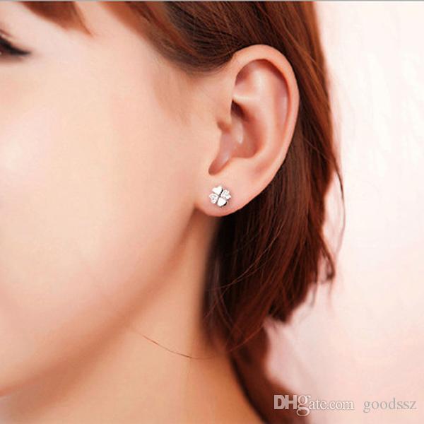 925 스털링 실버 귀걸이 패션 쥬얼리 심장 - 모양의 행운의 네 잎 클로버 크리스탈 간단한 스터드 귀 반지 여성을위한 여자 고품질