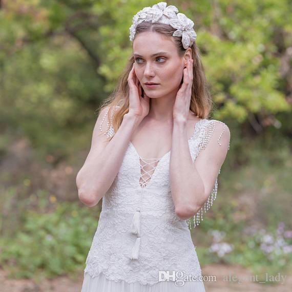 Bohemia con cuentas de la vendimia de los años 20 Bohemia vestidos de novia de encaje 2018 sin respaldo de la falda superior de encaje elegante país nupcial vestido de novia
