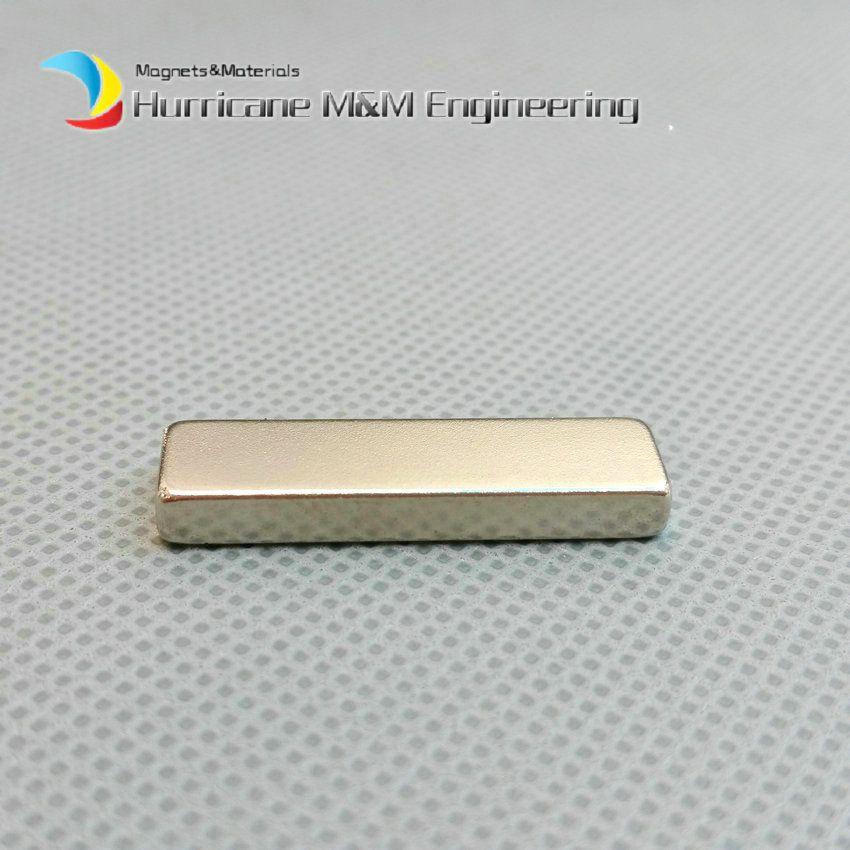 1 confezione N42 NdFeB Block Magnet 30x8x4 mm circa 1.18 '' Rettangolo Strong Neodimio Rare Earth Filtro a magnete permanente Uso domestico Uso domestico