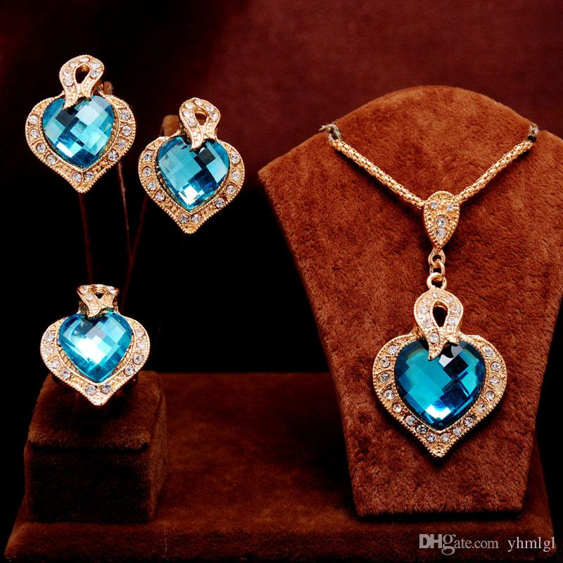 3PCS El más nuevo Clásico 14k Gold Filled clear Austrian Crystal blue Rhinestone Heart Design Necklace Earring Ring lady Jewelry Set
