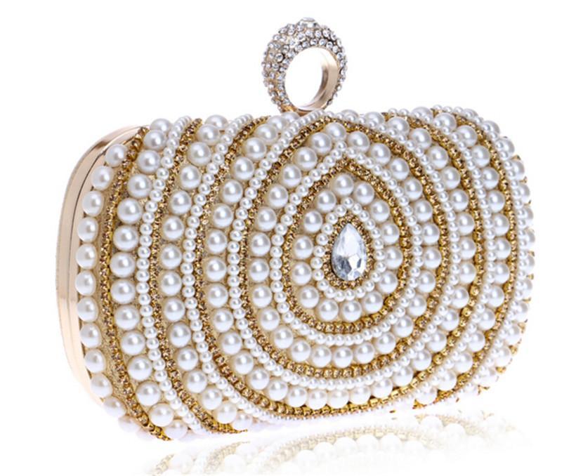 Diseñador de moda Boda Nupcial Dama de honor Cristal Rhinestone Anillo de perlas con cuentas Bolso de embrague de la tarde Bolso Monedero Metal Maquillaje duro