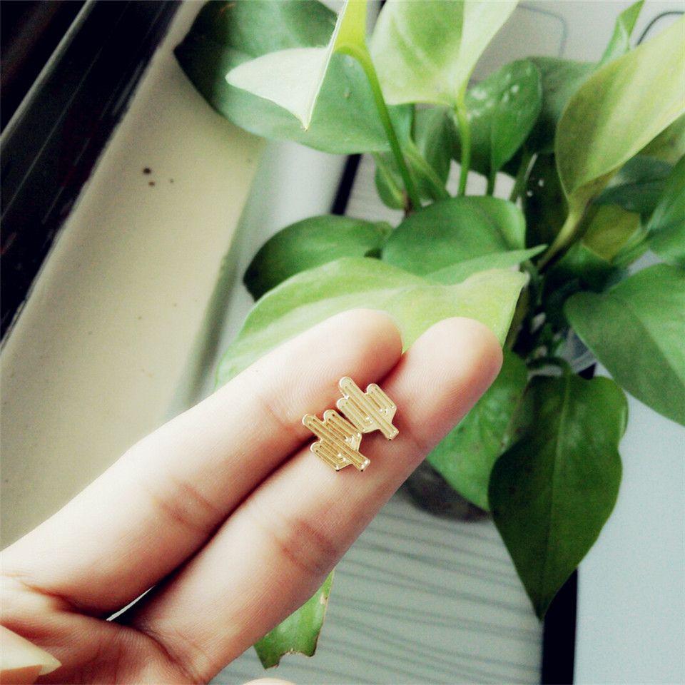 Mode Kaktus Ohrstecker für Frauen Planar aushöhlen Kaktus Ohrstecker versilbert Zinklegierung Ohrstecker