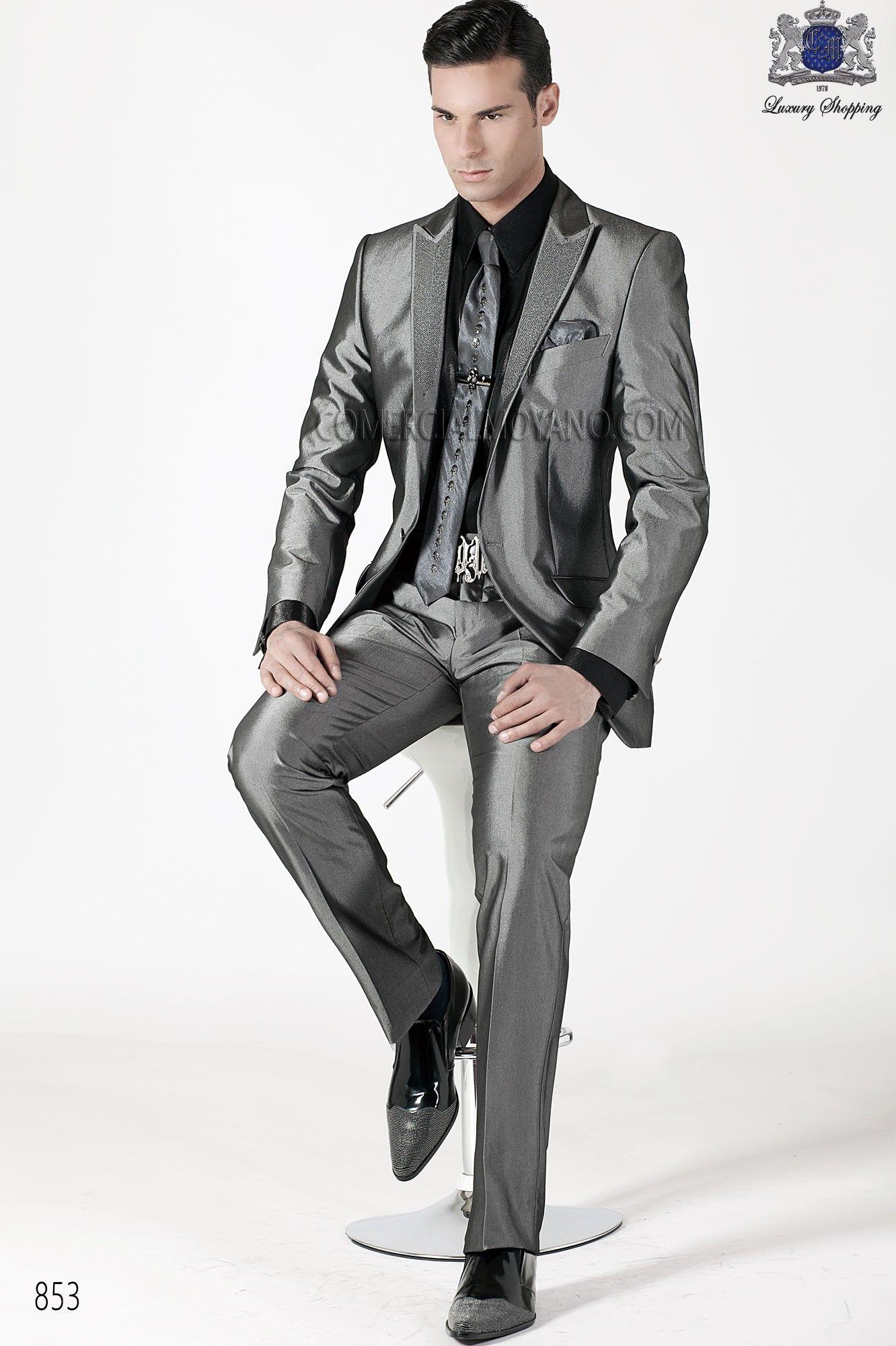 New Arrival Slim Fit Dark Grey Groom Tuxedos Peaked Lapel Haut ...