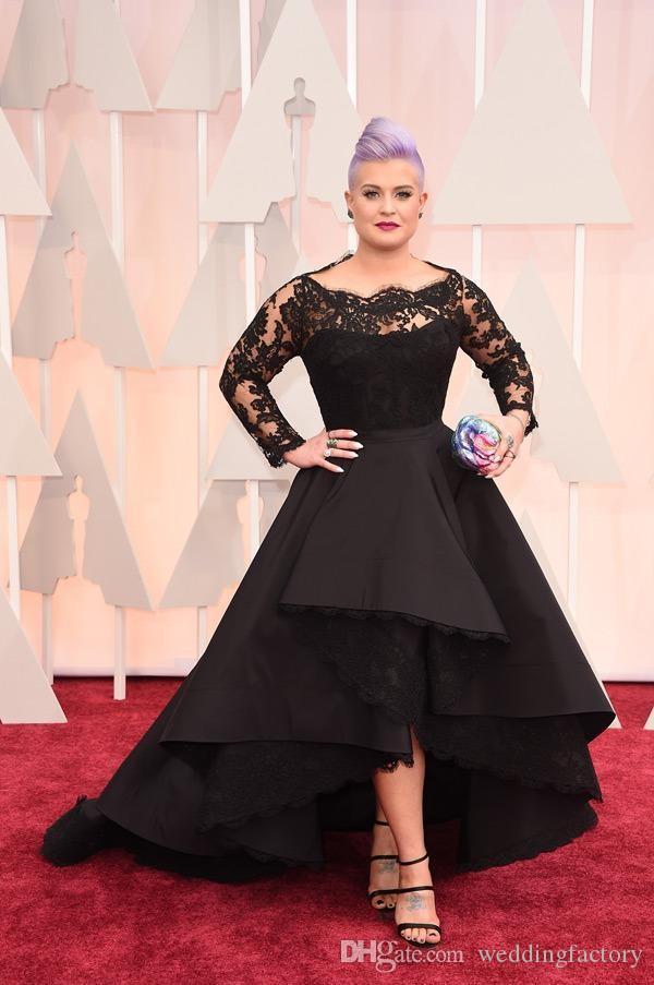 Plus Size Długie Suknie Formalne Kelly Osbourne Celebrity Czarna Koronka Wysoka Low Red Carpet Sheer Evening Dresses Ruffles Party Suknie