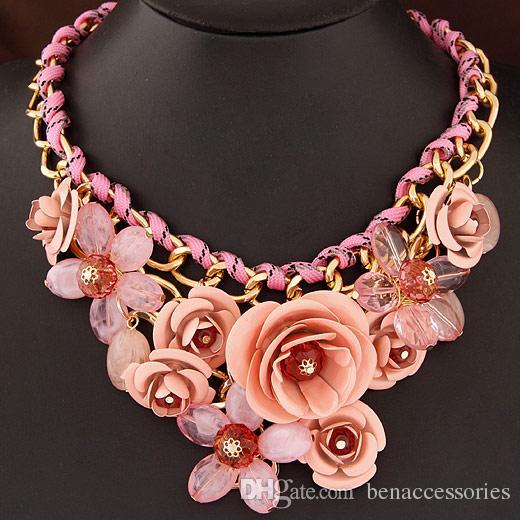 Mode-Halsketten-transparente große Harz-Frauen-Halsketten-Kristallblumen-Weinlese-Halsband-Statement-Halsketten-Art- und Weiseschmucksachen