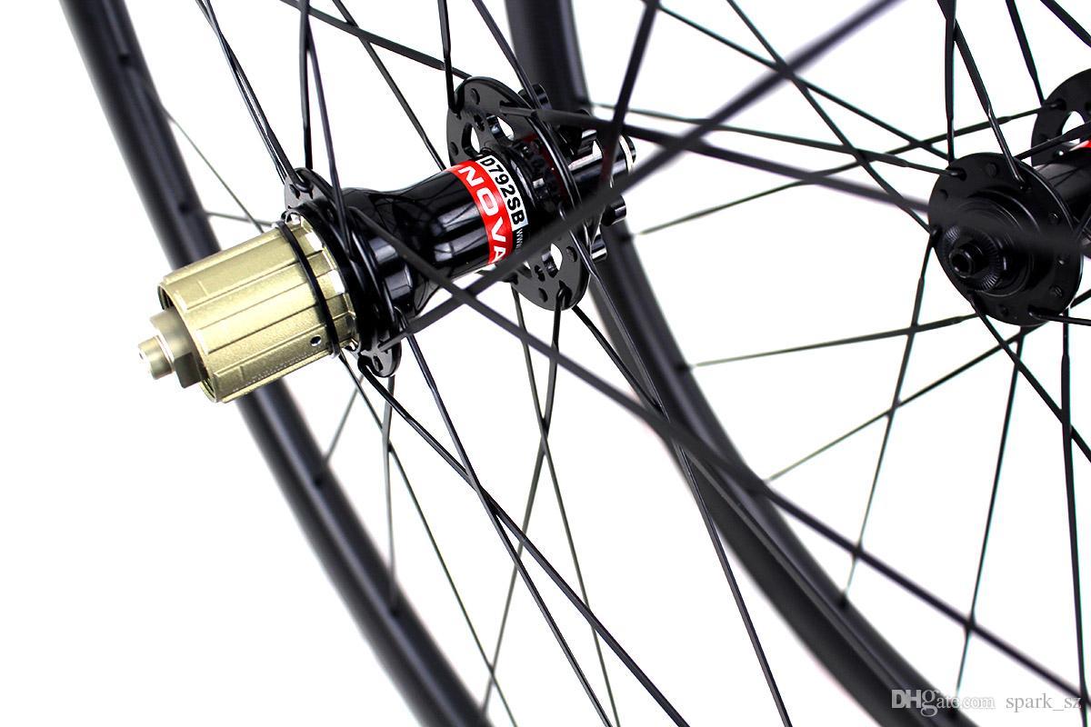 탄소 섬유도 자전거 디스크 브레이크 휠의 38mm 50mm 60mm의 클린 관형 자전거 윤축 700C 3K 매트 폭 25mm 림
