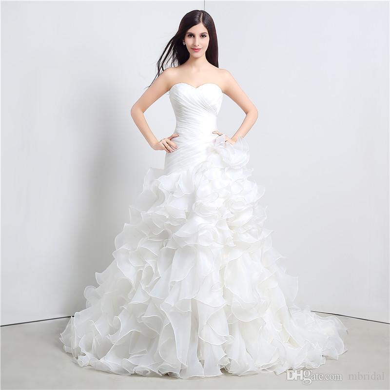 Großhandel Einfache Weiße Ballkleid Brautkleider Tiered Sweetheart ...