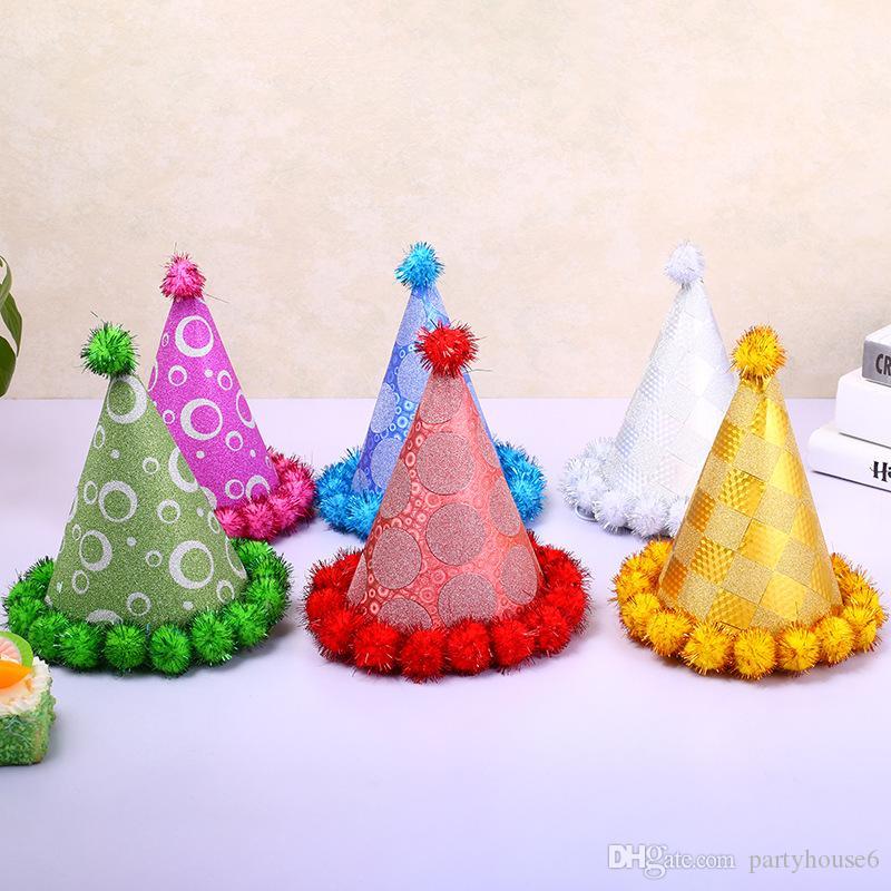 Cappello di Babbo Natale 2017 festa di compleanno del capretto del triangolo cap capelli fatti a mano berretto decorazione puntelli all'ingrosso spedizione gratuita