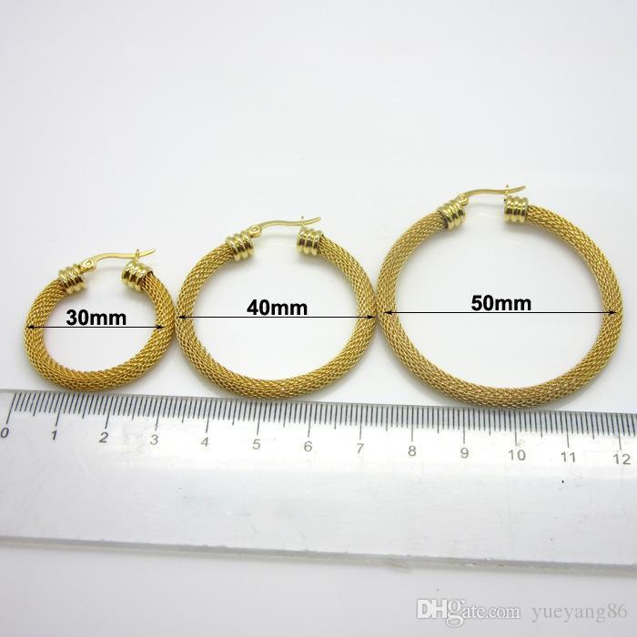 Nuovo stile di moda di arrivo 30mm / 40mm / 50mm oro placcato in acciaio inox Twist Wire maglia rotonda orecchini cerchio migliore regalo le donne