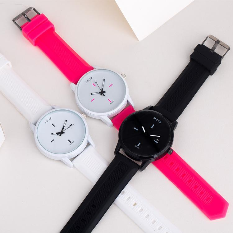 New Fashion Luxury Silicone Rubber Big Dial watch Simple Mini Women Girls Water Colorful Shiny Cartoon Candy Jelly For Children Women Watch