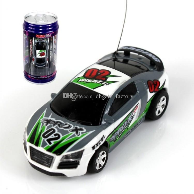 DHL libero i Mini-Racer Telecomando Auto Coca Cola Può Mini RC Radio Telecomando Micro Racing 1:64 Auto 8803 funy auto puzzle di puzzle