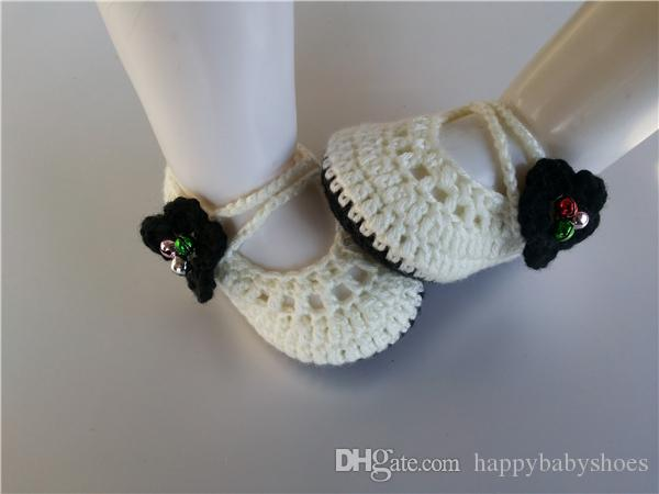 Fashionable Crochet Knitt booties with black flower Handmade Baby Socks infant bell Newborn Shoes/Toddler Shoes 0-12M customize