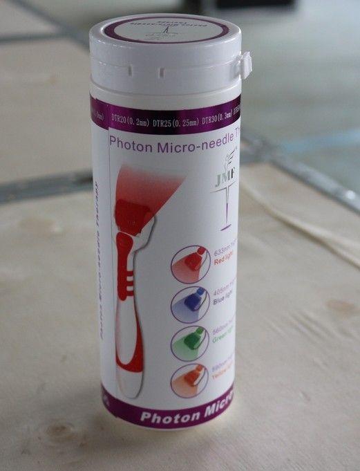 Commercio all'ingrosso - 1 pezzo LED derma roller in acciaio inossidabile Microneedle 540 aghi Dermaroller