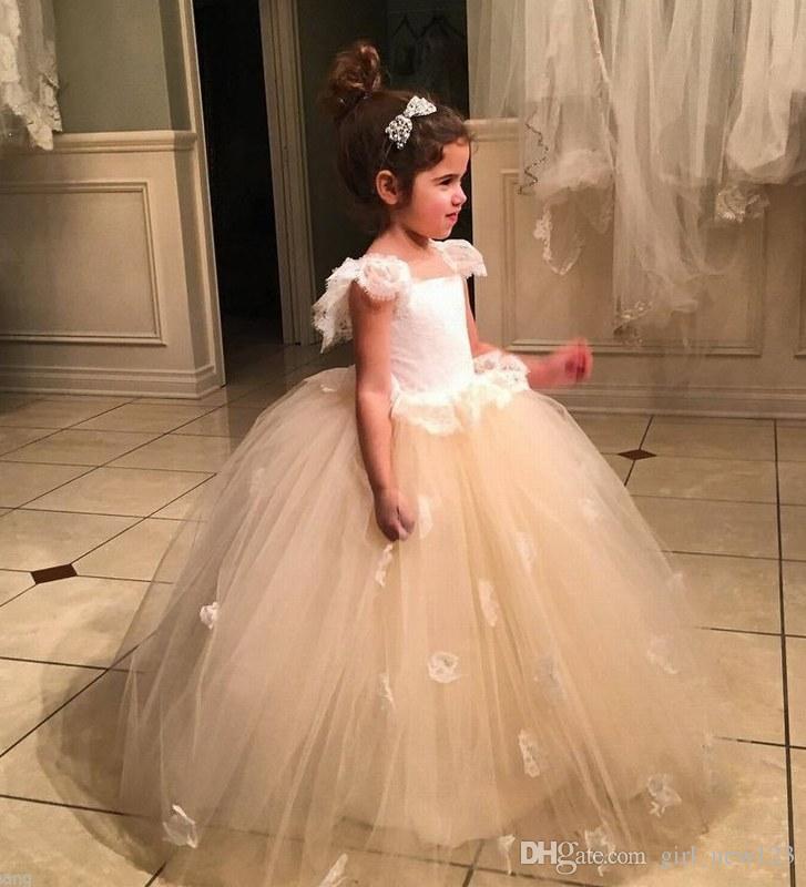Großhandel Charming Blumenmädchen Kleid, Hochzeitsfest Kleid ...