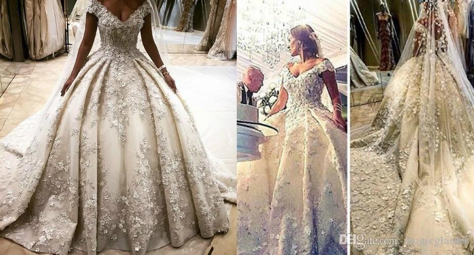 Luxury Princess Style Wedding Dresses 3D Flower Appliques Off Shoulder Crystal Bridal Gowns Long Cathedral Train vestidos largos