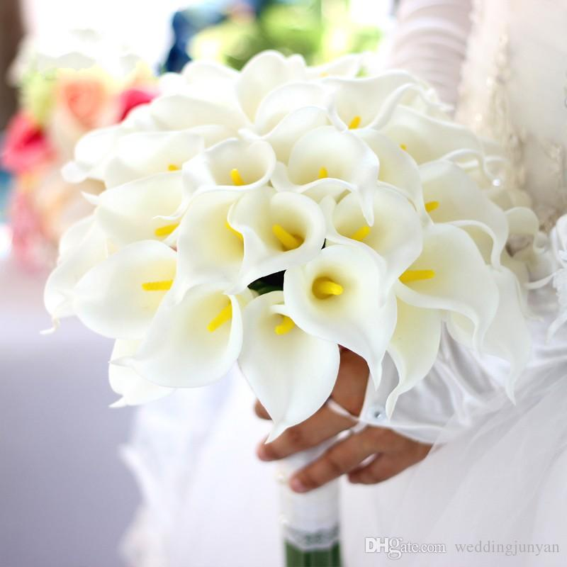 حار بيع 50 قطع الجملة أبيض اللون الزهور كالا زنبق الزفاف الزفاف باقة اللاتكس ريال لمس زهرة باقة