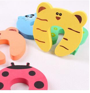 Cute Baby Door Stopper Safety Finger Pinch Guard Protector Baby safety gate card Animal model
