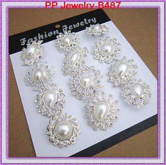 MIXED IMITATION PEARL MINI BROOCHES WITH CRYSTALS DIFFERENT DESIGNS BROOCH PINS PEOPLE COLLAR PINS PRETTY SACARF BROOCH B487