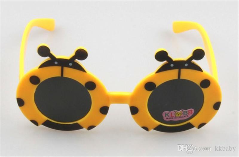 Cute Fashion Children Sunglasses For 2-8 Years Old Kids Eyewear Kids Cartoon Beatles Eyewear Foldable Decorative Sun Glass