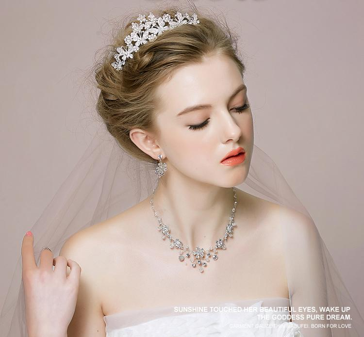 2015 Wedding Tiaras Necklace Earrings Jewelry Sets Crystal