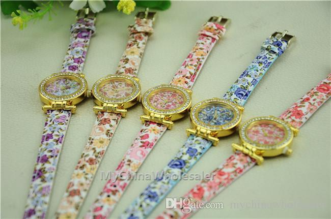2017 New Luxury Watches Wristwatches Womens Diamonds Watches Brand Women Bracelet Ladies Designer Wristwatches Flowers Printed