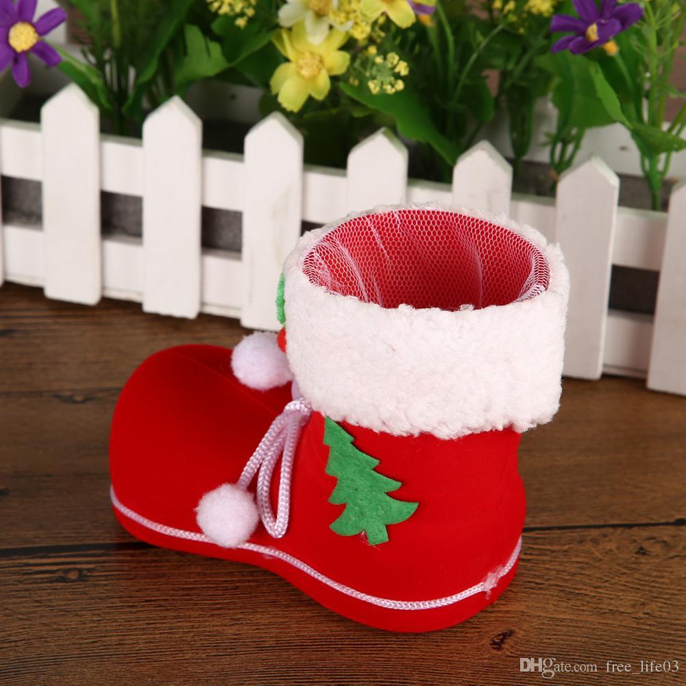 Compre 3 Tamaños Botas De Navidad Flocado Navidad Rojo Dulces Regalos De  Caja Calcetines Botas Decoración Adornos De Árbol De Navidad Decoración A   1.89 Del ... 7b8011f30dc46