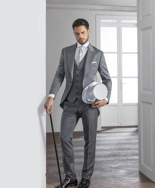 Light Grey Mens Suits 2015 Hot Peaked Lapel Tuxedos One Button ...