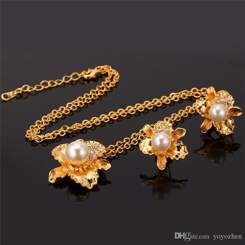 Nieuwe mode onregelmatige bloemen hanger ketting oorknopjes voor vrouwen 18K echte vergulde kristallen parel set