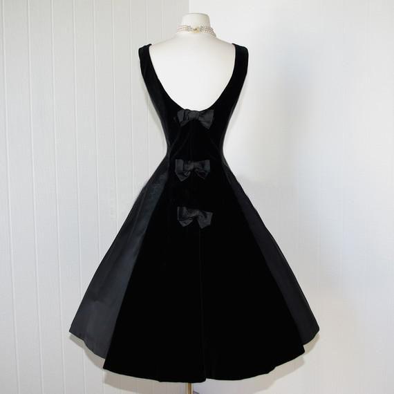 Vintage 1950 'Black Velvet Robes De Bal Courte Au Genou Robe De Fête Cocktail Avec Arc 2015 Nouvelles Robes De Graduation Homecoming